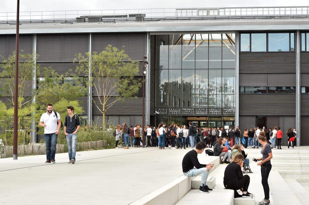 S09 JDO 09.15 107 1024x681 - Lycée Nelson Mandela