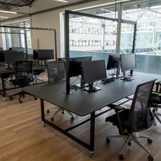S13 NM 114206 scaled 315x315 - Halle 6 Est - Hôtel d'entreprises numériques & créatives