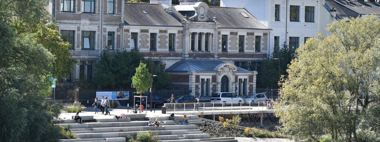 S15 JDO 09.18 084 1295x485 - Maison de quartier de l'île de Nantes
