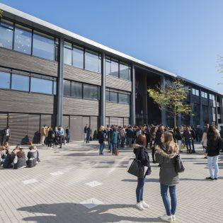 S23 JON 04.16 85 315x315 - Lycée Nelson Mandela