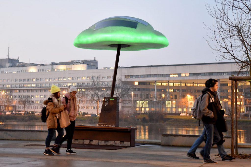 bean cloud samoa5 1024x682 - Nuage, le mobilier urbain qui vous informe sur la qualité de l'air